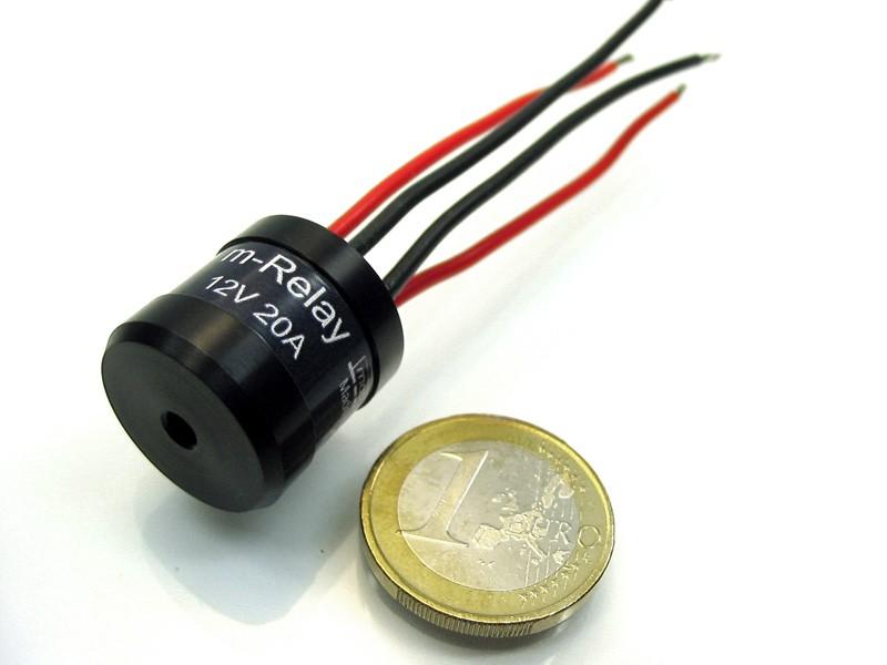 das m relay ist ein sehr kleines relais f r die steuerung fast aller verbraucher. Black Bedroom Furniture Sets. Home Design Ideas